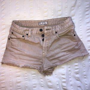 Free People Shorts - Free People tan shorts✨